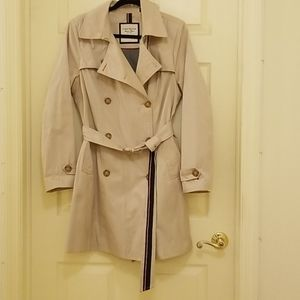 Classic Tommy Hilfiger Trench Coat